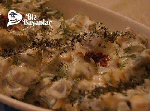 Labneli Fasulye Salatası Tarifi Bizbayanlar.com  #DereotuMaydonoz, #KornişonTursu, #LabnePeynir, #Mayonez, #Mısır, #SarıBiber, #TazeFasulye, #Tuz,#SalataTarifleri http://bizbayanlar.com/yemek-tarifleri/salata-meze-kanepe/salata-tarifleri/labneli-fasulye-salatasi-tarifi/