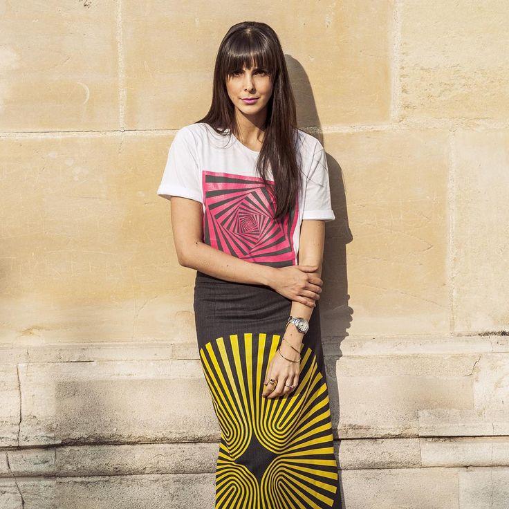 ⚡️@catalinakempf strike a pose ! #tbt #paris #strikingapose