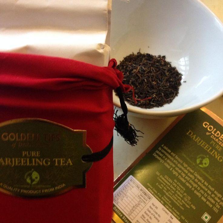 Making my #Darjeeling #tea. #aroma #awesomeness pic.twitter.com/SM4giLjf7R