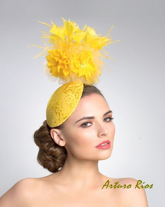 Yellow Fascinator Tail Hat Headpiece By Arturorios On Etsy 179 00 Hats Box It In 2018 Pinterest And