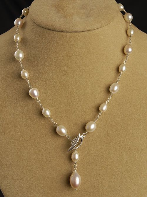 Interesting...toggle clasp in front similar to a lariat...Toggle Necklace