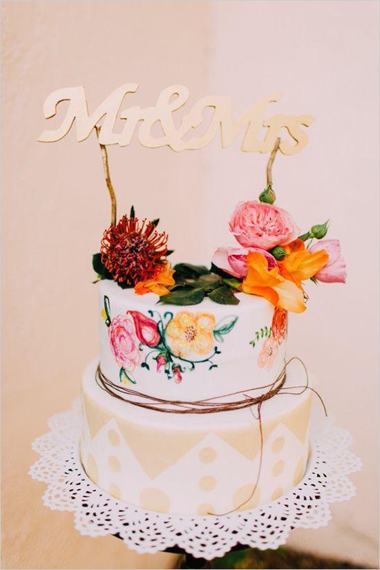 fun pattern wedding cake idea