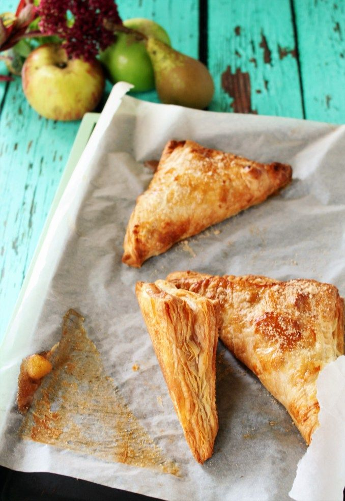Recipe: Pear & Apple Turnovers