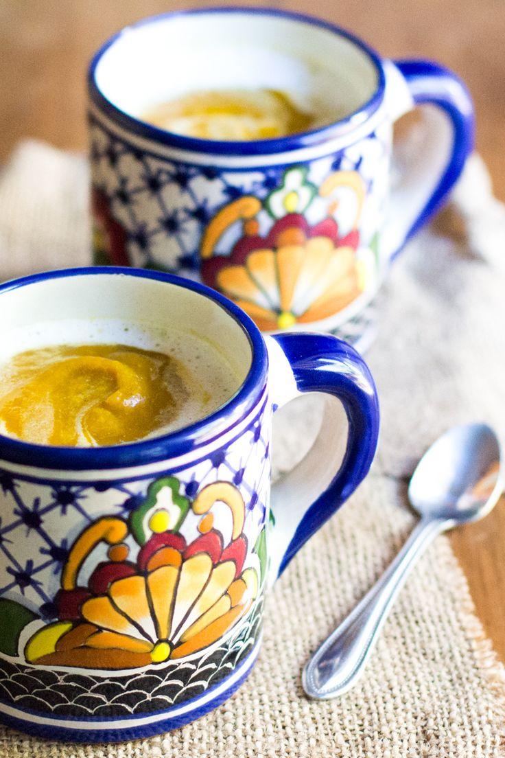 Pumpkin Cappuccino Soup - Healthy pumpkin soup with a little foam on top! Only 275 calories per serving :-)
