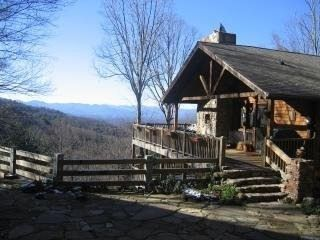 35 Best Asheville Cabin Rentals on VacationHomeRentals - Cabin Rentals in Asheville, NC