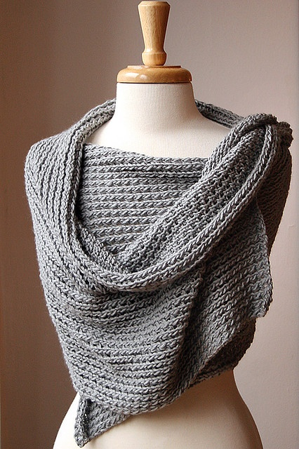 We should do this during a craft night!! shawl knitted scarf @Angie Wimberly Luellen @Erin B Vallier @Kellie Dyne Lowther Who knows how to knitt???