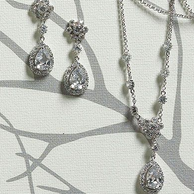 Flower and Pear Drop in Silver Jewelry