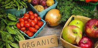 Tahukah anda bahawa kanser merupakan satu kelompok sel yang terhasil secara tidak normal dalam badan yang dipanggil tumor. Ia boleh merebak ke anggota badan yang lain jika tidak dirawat. Tetapi anda boleh mencegah penyakit kanser dengan mengambil 5 makanan yang kami senaraikan di bawah!  Makanan OrganikBanyakkan makan makanan organik. Untuk lebih mudah anda boleh tanam sayur-sayuran di rumah anda.  Pengambilan Ubatan Secara MinimumKebanyakan ubat memberi kesan sampingan yang berbahaya. Anda…