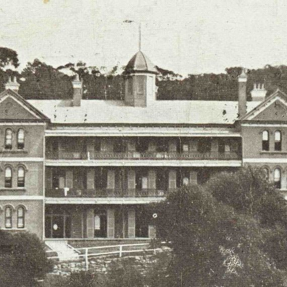 the Clifton Hotel built in 1871.