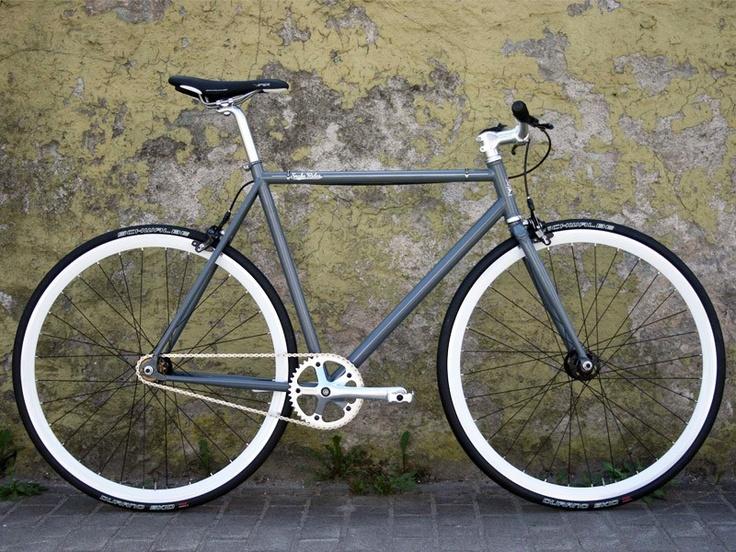 Glossy Grey Snake Singlespeed Bike