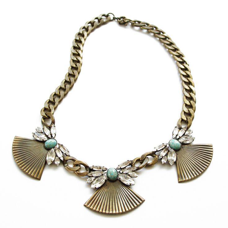 Thea fan necklace