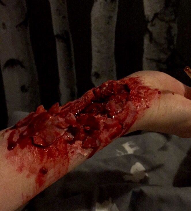Arm wound, made with scar wax and fake blood #gross # ...