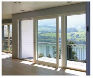 Porta finestra scorrevole   Le finestre sia quelle che presentano forma ordinaria come quella rettangolare di dimensioni contenute o più ampie, o le porte finestre scorrevoli, possiedono un