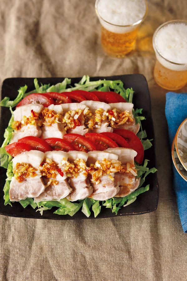 この夏、ぜひおすすめしたい豚バラの食べ方「蒸し塩豚」。蒸し器いらずでむっちむち食感を楽しめます!