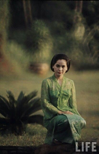 Ratna Sari Dewi