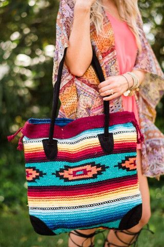 Purses that make your outfit. Southwestern Blanket Leather accented handbags are beautiful! So in love with these Sunrise Blanket Handbag by Three Bird Nest | Bohemian Clothing