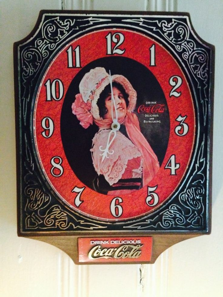 Vintage 1974 Coca Cola Wall Clock Battery Powered Works