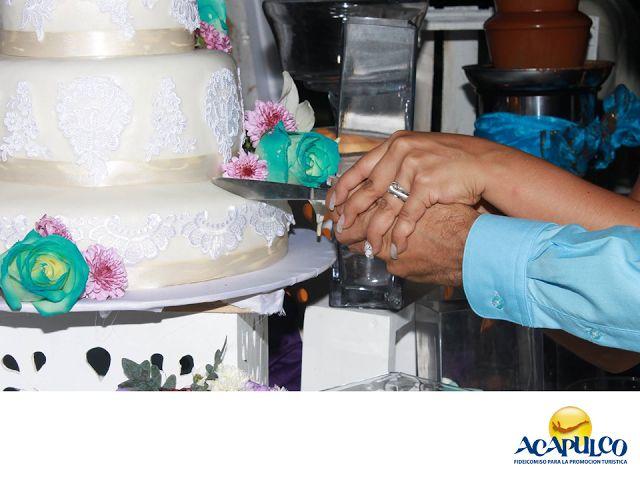 #casateenacapulco Chef Luis Nava, catering para tu boda en Acapulco. TU BODA EN ACAPULCO. Para tener una boda de ensueño en Acapulco, además de contar ya con la ayuda del increíble paisaje y del clima excepcional, es indispensable contratar no un buen, sino un excelente servicio de catering y el chef Luís Nava, es la mejor opción. Su comida es exquisita y ofrece además otros servicios como fotografía, mobiliario, ceremonia y música, entre otros. Te invitamos a realizar tu boda en el hermoso…