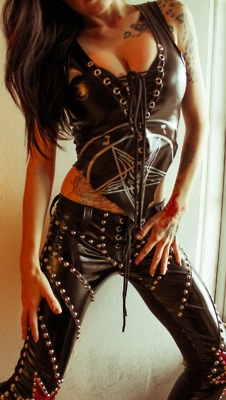 Sexy latex outfit to wear to a Motley Crue concert?