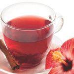 Chá de hibisco emagrece: conheça os benefícios dessa bebida