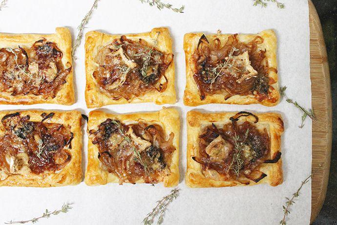 Tartelete de cebola caramelizada e queijo brie | Blog Figos & Funghis