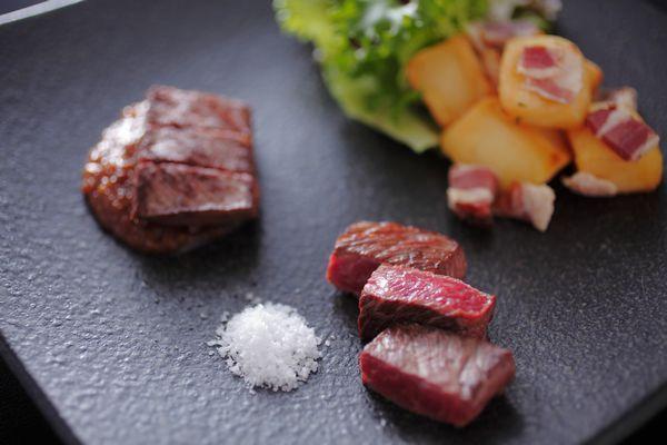【蓼科キュイジーヌ お料理一例】 蓼科というリゾートを感じていただくために調理長 芹澤秀幸が作り出した渾身のコース料理の一品