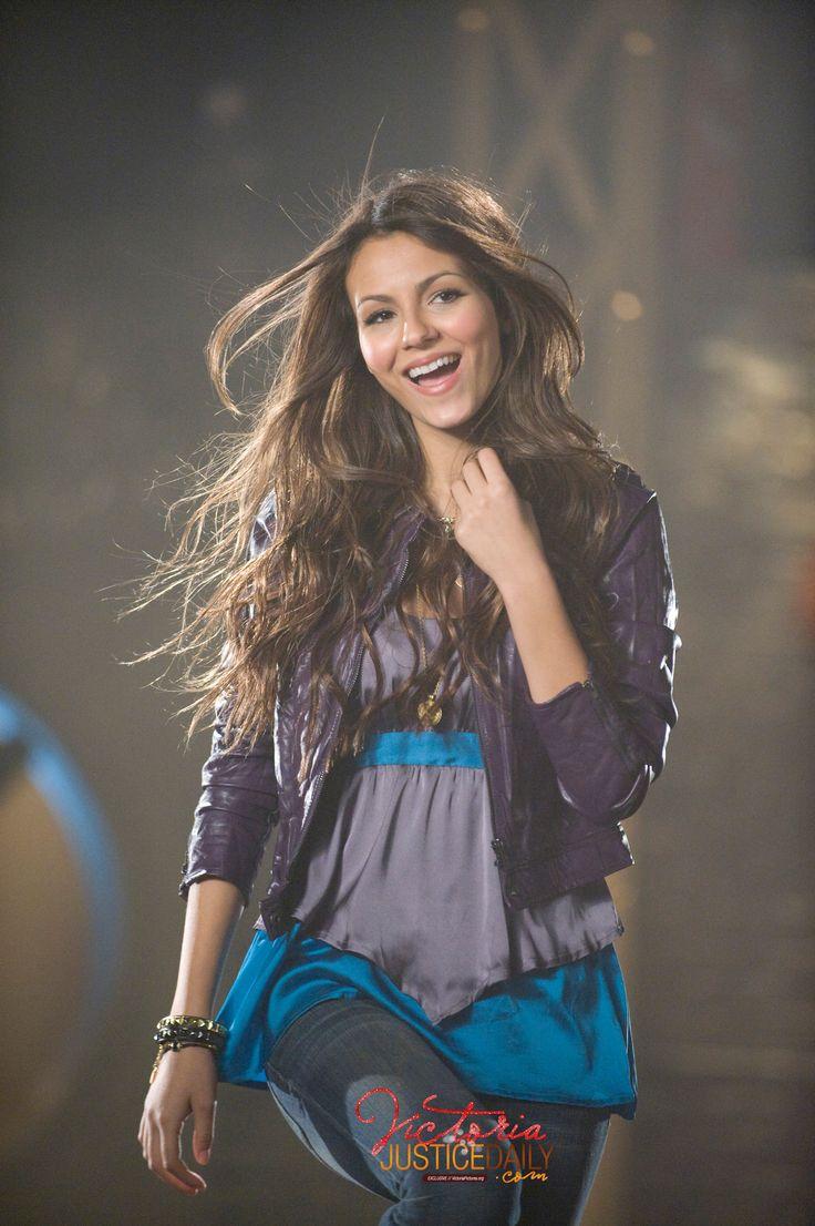 Tori Vega (Primeira Temporada)