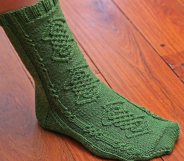 Irish Knot Sock pattern by Teresa Rosello   Hand knit ...