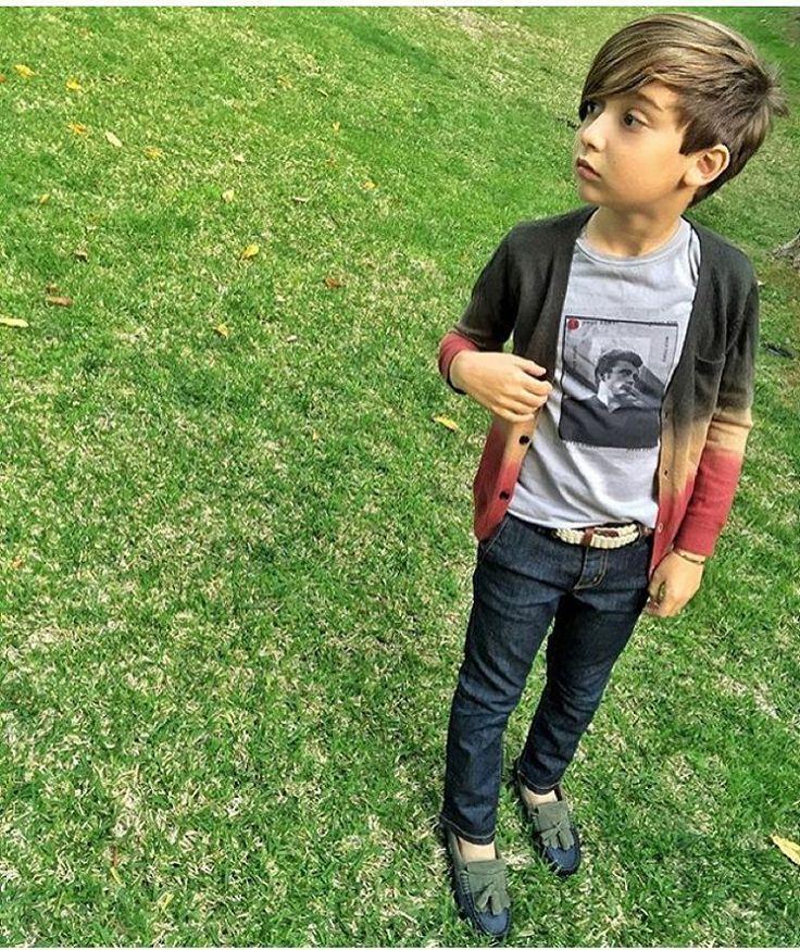 "226 Likes, 11 Comments - ALONSO MATEO FANPAGE (@alonsomateostyle) on Instagram: ""Lil james dean  #AlonsoMateo #kidsfashion #kidsstyle #coolkids #parisfashionweek #pfw…"""
