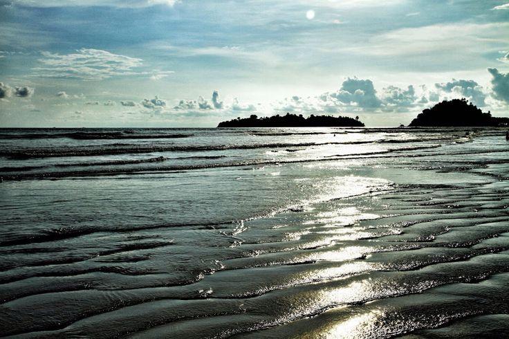 Air Manis Beach, Indonesia