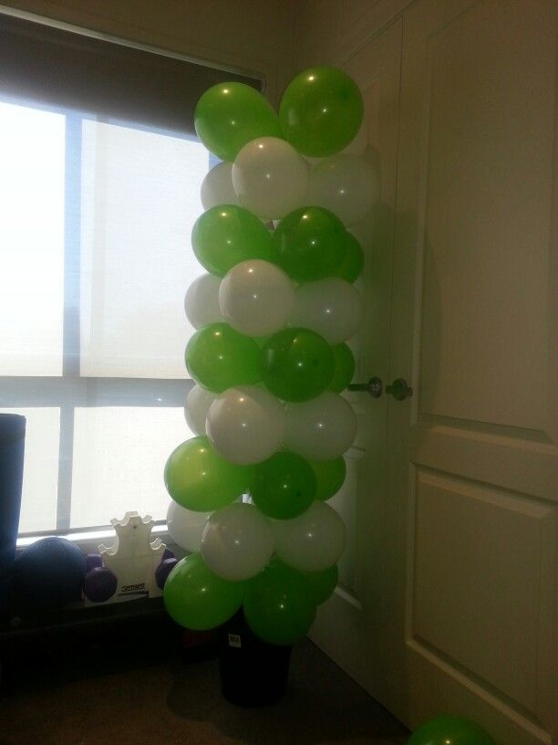 I just made this balloon tree soooo easy from a pin I made,following their instructions.  Cost 75c bucket, pole is a $3 curtain adjustable rod from ikea and two bags of 25 balloons $2 each and a little elbow hand pump time.  I put florist foam in the bottom of the bucket to hold the pole in place and filled with garden bag pebbles I had spare. So easy cheap and effective great entrace or room display for our golf themed fathers day this weekend.