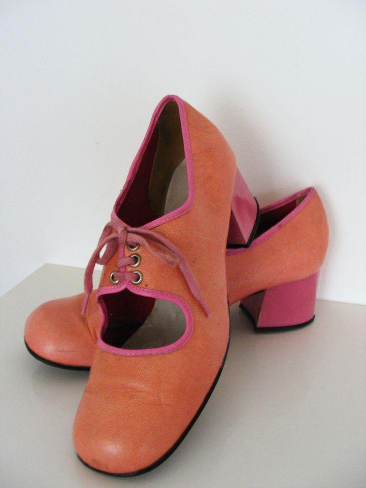 Original 1960s mod shoes, pink leather!