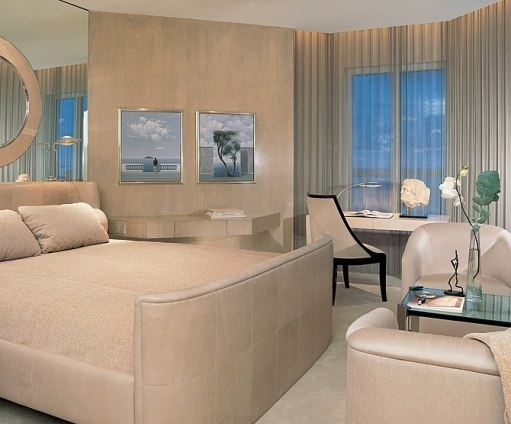 Sally Sirkin Lewis Design, Bedroom. The Realist Paintings Are By P. E.  Guzzi. At