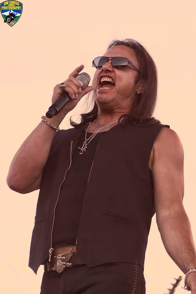 Geoff Tate performing with Queensryche at the Vancouver County WA fair, August 2008.