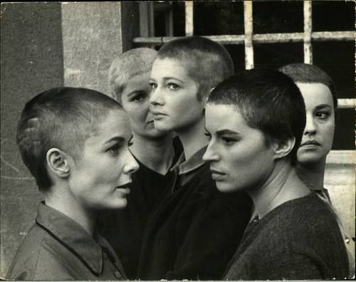 Vera Miles, Barbara Bel Geddes, Carla Gravina, Silvana Mangano, & Jeanne Moreau with shaved heads on location for Five Branded Women, Austria, 1959