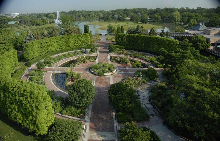Pictures of botanical gardens in chicago chicago botanic garden celebrates 40th random for Chicago botanic garden wedding