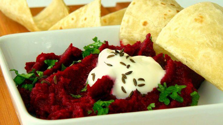 Hummus z červené řepy a cizrny