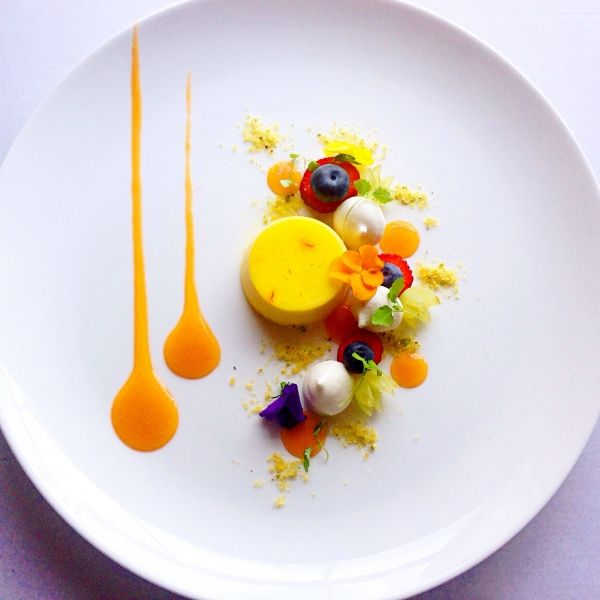 Saffron pannacotta, green grapes, meringues, strawberry, pistachio praline, apricot puree - Dessert, Food Plating