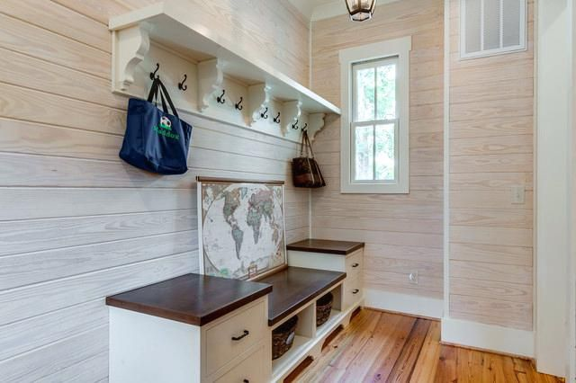 53 Minimalist Entryway Decorating Ideas In 2020 Wall Shelf With Hooks Entryway Bench Storage Small Apartment Entryway