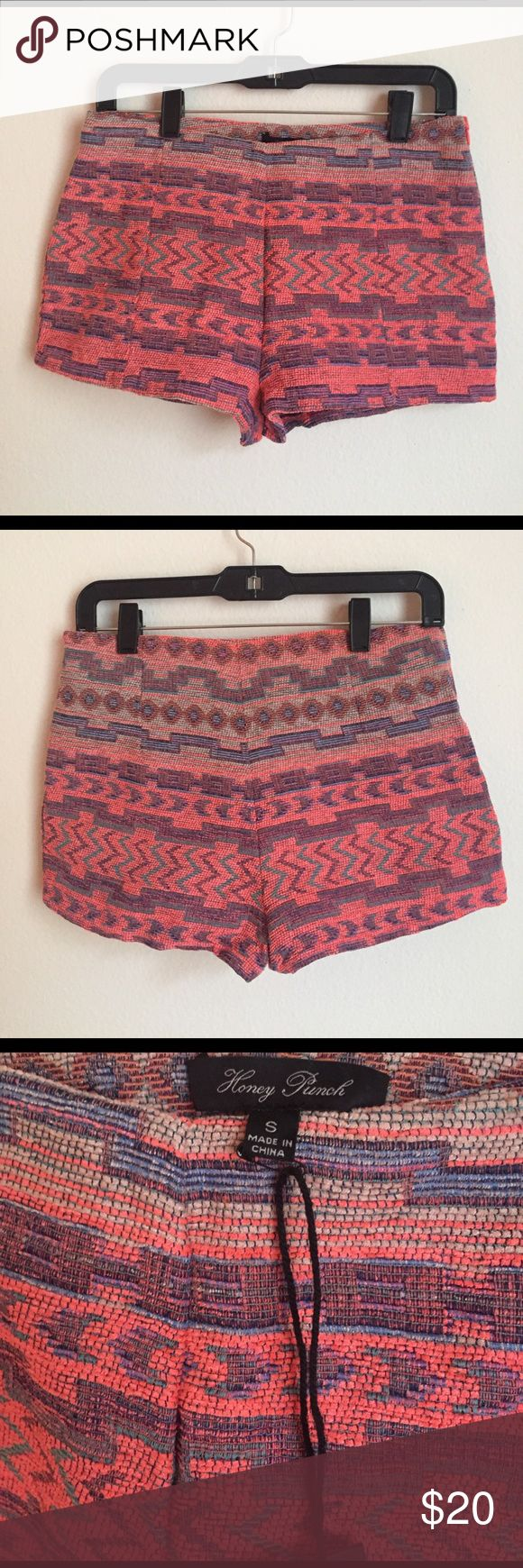 Honey Punch Aztec Print Woven Shorts Aztec print woven shorts in size small- 50% cotton, 50% polyester. NWT! Honey Punch Shorts