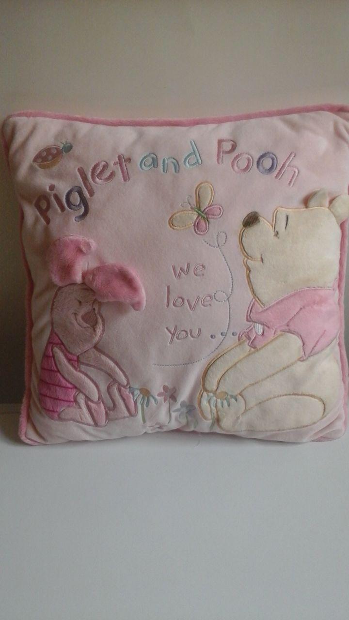 http://www.ebay.fr/itm/Gorgeous-Winnie-the-Pooh-and-Piglet-plush-Cushion/272784961830?_trksid=p2047675.c100009.m1982