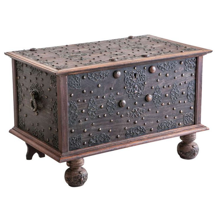 19th Century Dutch Colonial Trunk With Brass Details