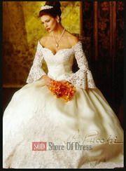 St. Pucchi Wedding Dress Style 9125b