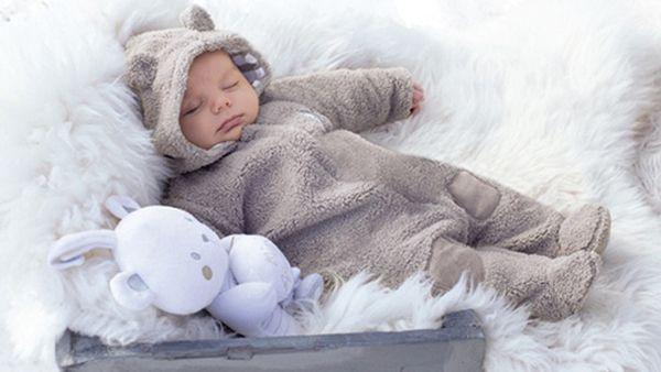 Σκουφάκια, Μποτάκια, Κουβερτούλες...ή αλλιώς τα πιο στιλάτα χειμωνιάτικα αξεσουάρ για τα μωρά σας!