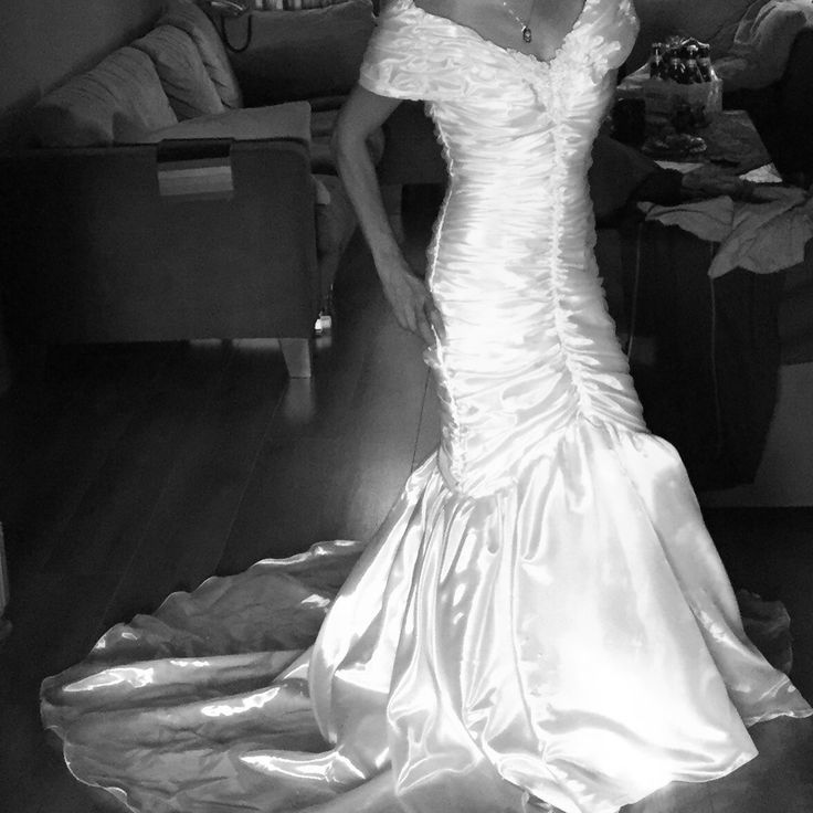 Trouwjurk weddingdress Sarlini 1990
