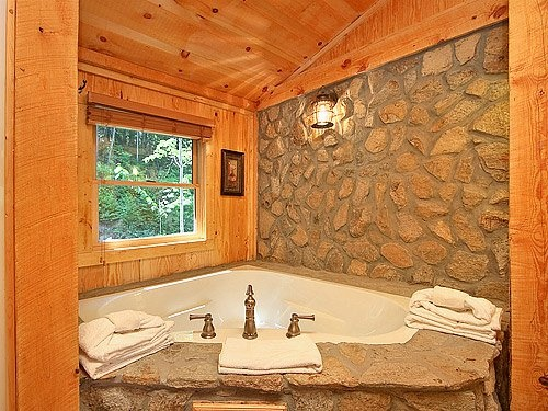 I think this would look good in my upstairs bath i love for Log cabin bathroom pictures