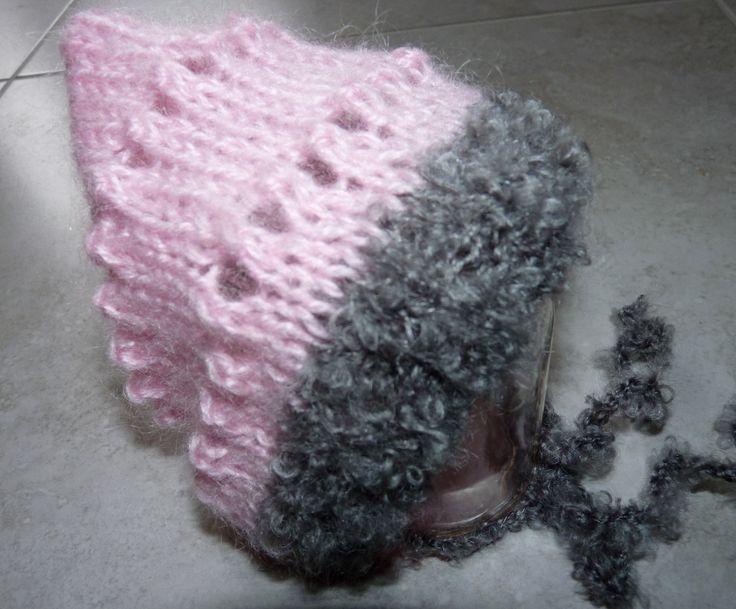 bonnet bébé fille taille naissance tricoté main rose et gris : Mode Bébé par mysweetbrittany