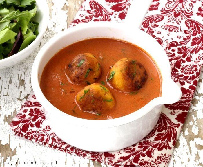 sojaturobie: Kofta z tofu w sosie pomidorowo- kokosowym