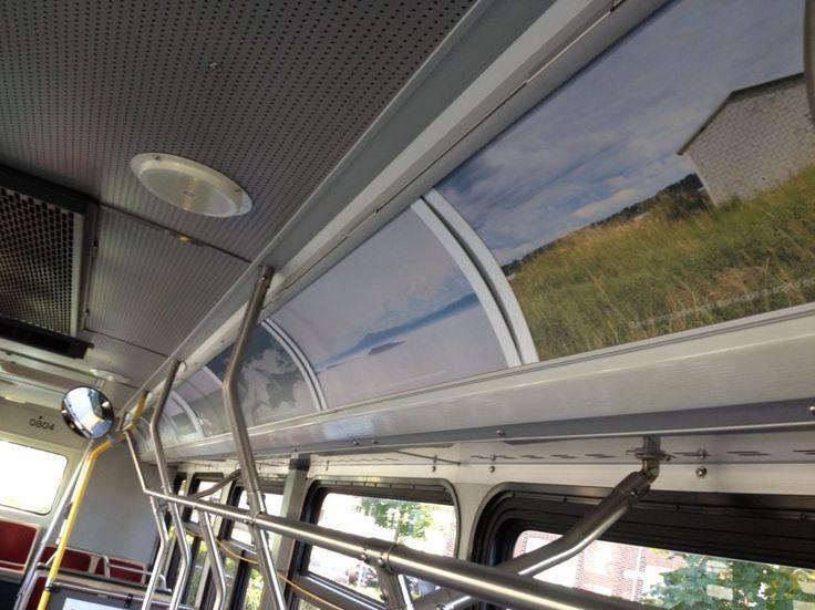 L'art contemporain se déplace! Projet d'exposition mobile dans les autobus de la Société de Transport de Trois-Rivières. Sur la photo : Refuge de l'artiste Isabelle Ayotte, 2015, photographie numérique
