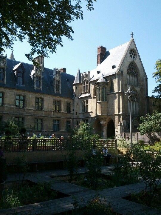 Musée national du Moyen-Âge à Paris, Île-de-France, France